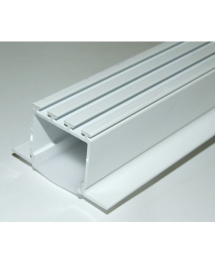 2.5m ceiling LED aluminium extrusion C2 painted white, with diffuser